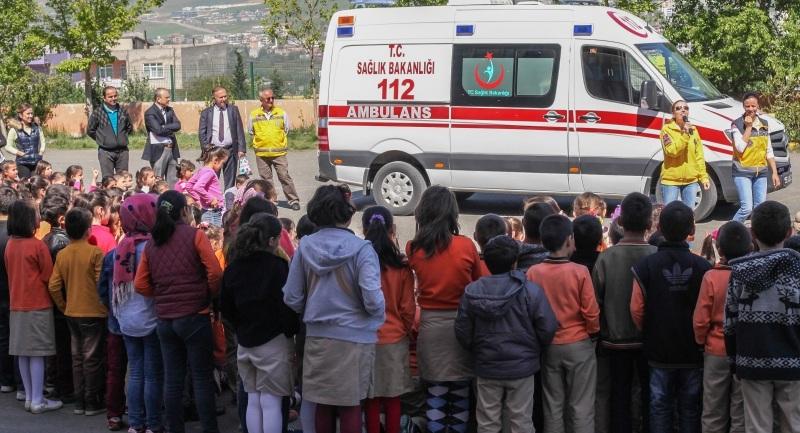 112 ve Acil Sağlık Hizmetleri Farkındalık Eğitimi