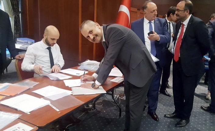Doktor Mustafa Uzun Milletvekili Aday adayı oldu
