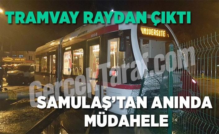 Samsun son dakika, otomobilin çarptığı tramvay raydan çıktı