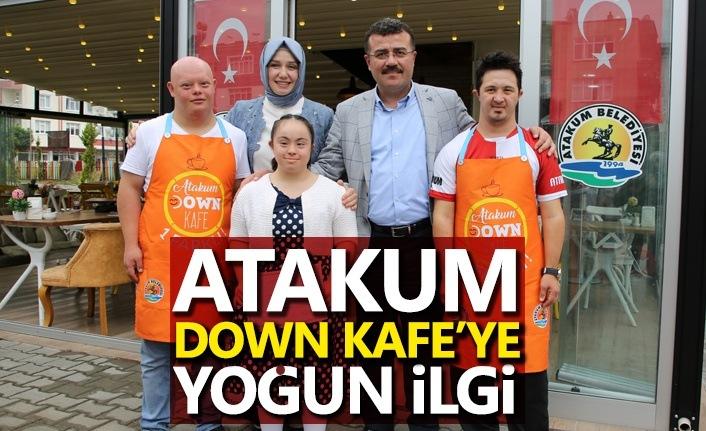 Atakum Down Kafe'de Melek Yüzlüler sizi bekliyor