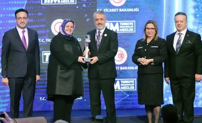 Türkiye'nin 500 Büyük Hizmet İhracatçısı ödüllendirildi
