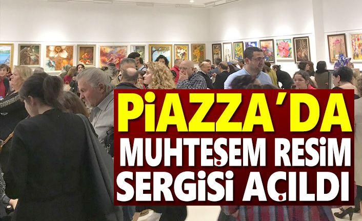 Piazza'da Karma Resim Sergisi Açıldı