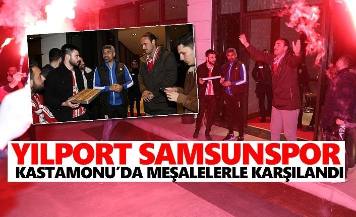 Yılport Samsunspor Kastamonu'da Meşalelerle Karşılandı