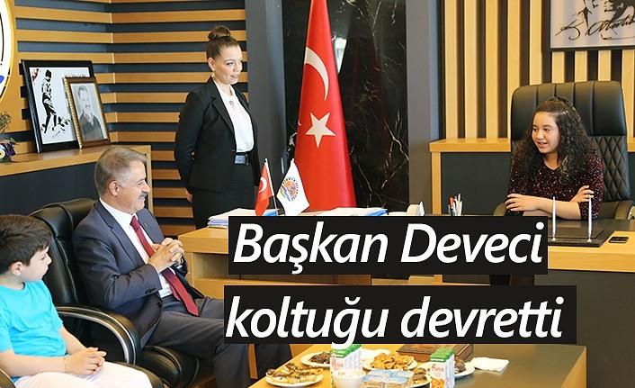 Atakum Belediye Başkanı Cemil Deveci koltuğu devretti!