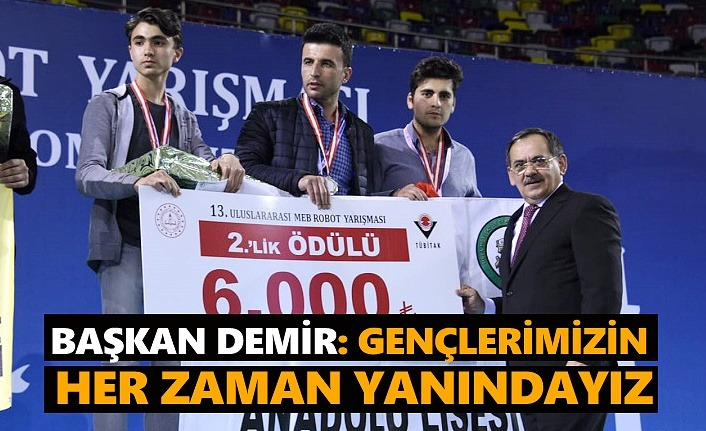 Başkan Mustafa Demir: Gençlerimizin yanındayız