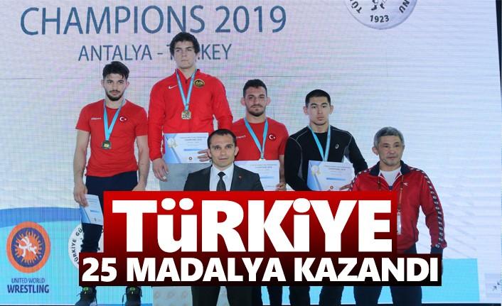 Şampiyonlar Turnuvasında Türkiye 25 Madalya Kazandı