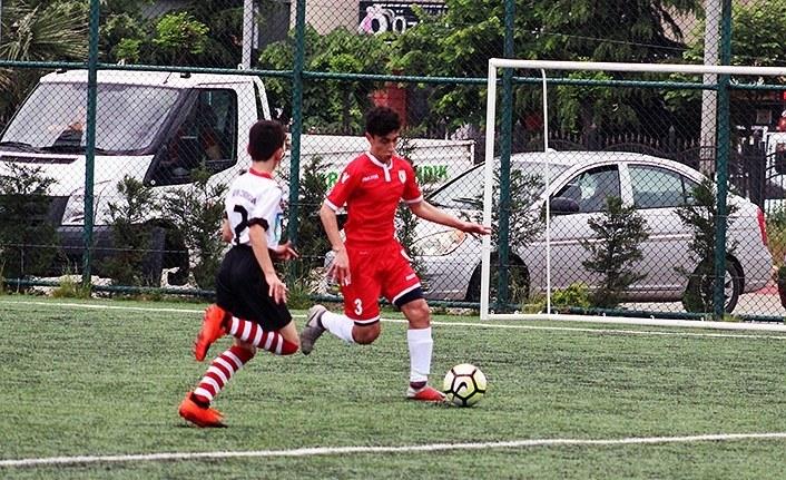 Yılport Samsunspor U14 - Artvin Çoruhspor U14: 5 - 0