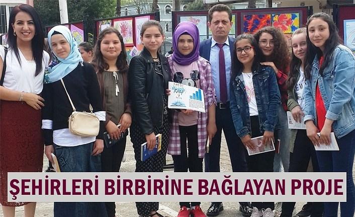 Türkiye'nin farklı şehirlerindeki öğrenciler aynı anda kitap okudu!