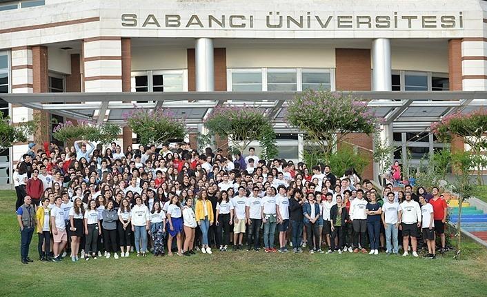 Samsunlu öğrenciler Sabancı Üniversitesi Lise Yaz Okulları'nı tamamladı