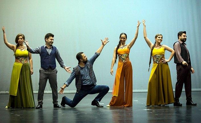 Bavulda biriken Türküler 'Seyyah' ile sahnede