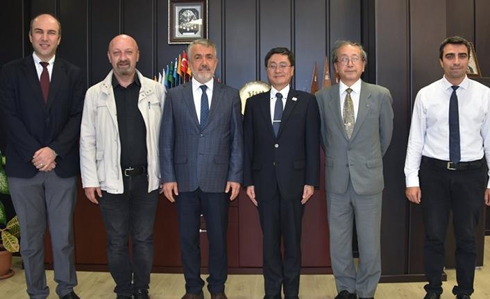 Japonya Nagaoka Üniversitesi OMÜ ile İş ve Güç Birliği Yapmak istiyor