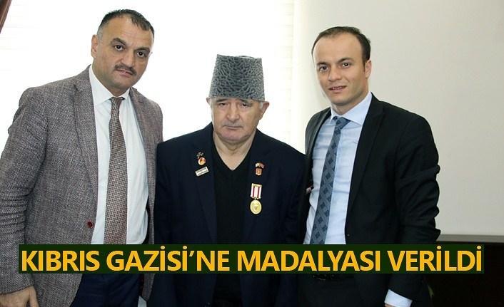 Kıbrıs Gazisi'ne madalyası verildi