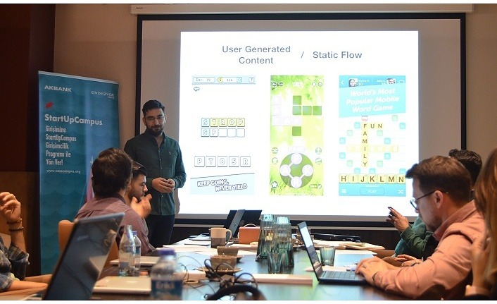 StartUpCampus Programı genç girişimcilerin katılımıyla başladı