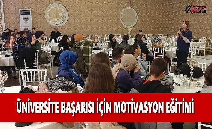 Atakum HEM'den Üniversiteye Hazırlanan Gençlere Motivasyon Eğitimi
