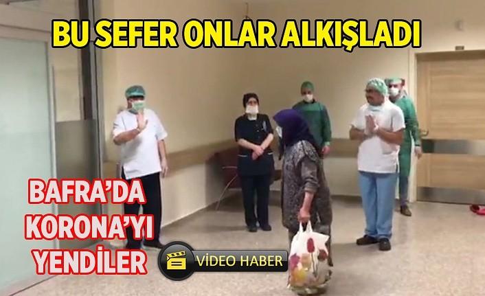Bu sefer sağlık çalışanları koronavirüsü yenen hastaları alkışladı - Bafra Haber