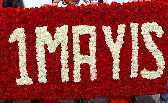 HAK-İŞ 1 Mayıs'ı Cumhuriyet Meydanı'nda kutladı