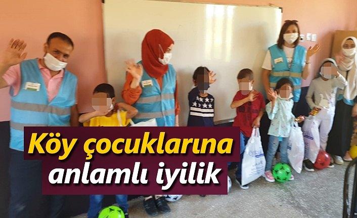 Köy çocuklarına anlamlı iyilik