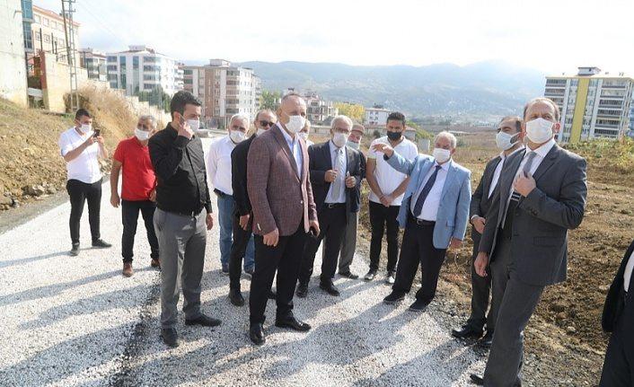 İlkadım Belediyesi önceliği olan alanların yol onarımlarını gerçekleştiriyor