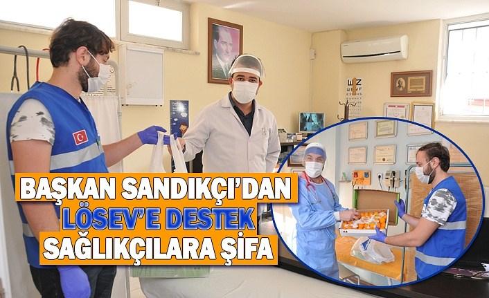 Başkan Sandıkçı'dan Lösev'e destek, Sağlıkçılara Şifa