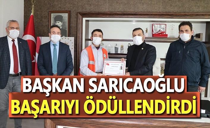 Başkan Sarıcaoğlu, Başarıyı ödüllendirdi
