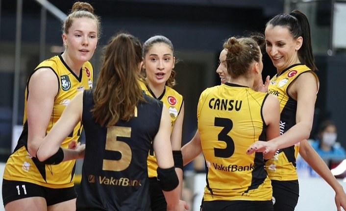VakıfBank Kadın Voleybol Takımı erteleme maçında galip