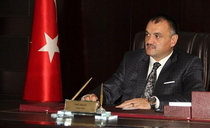 Başkan Akgül gazetecilerin gününü kutladı