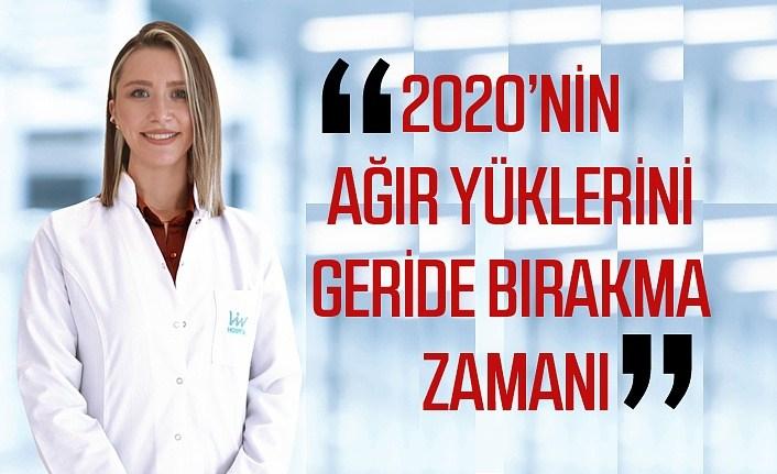 Psikolog Enise Öziç: 2020'nin ağır yüklerini geride bırakın