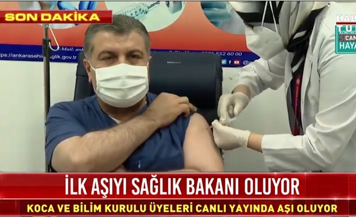 Sağlık Bakanı Koca Covid 19 Aşısı oldu