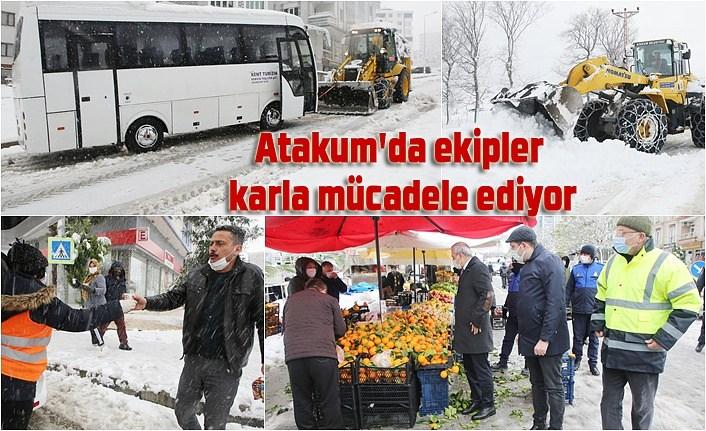 Atakum'da ekipler karla mücadele ediyor