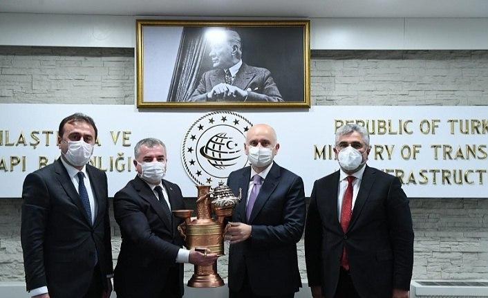 Bakan Karaismailoğlu'ndan Havza OSB'ye yol talimatı
