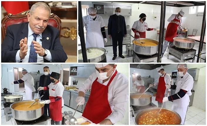 İlkadım Belediyesi Aşevi her gün 300 aileye sıcak yemek veriyor
