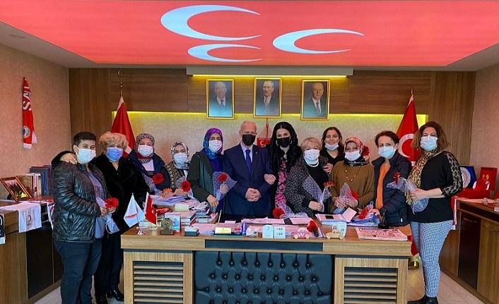 MHP Samsun İl Başkanlığı'nda Kadınlar Günü Kutlaması