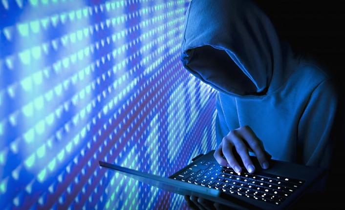 Siber Güvenlik Sigortası Zorunlu olmalı mı? Fahri Altıngöz kimdir?