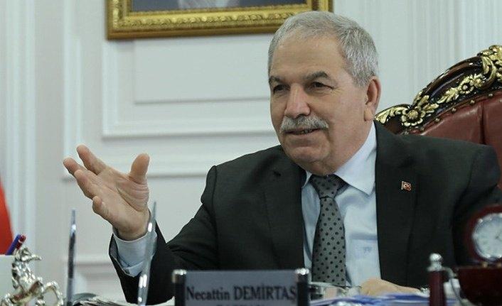 Başkan Demirtaş'tan kahvehane esnafına 500 TL'lik destek