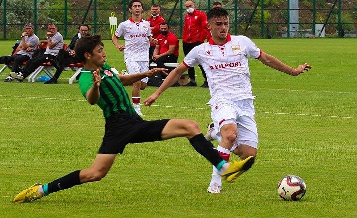 Samsunspor U19 Akhisarspor U19'u farklı yendi
