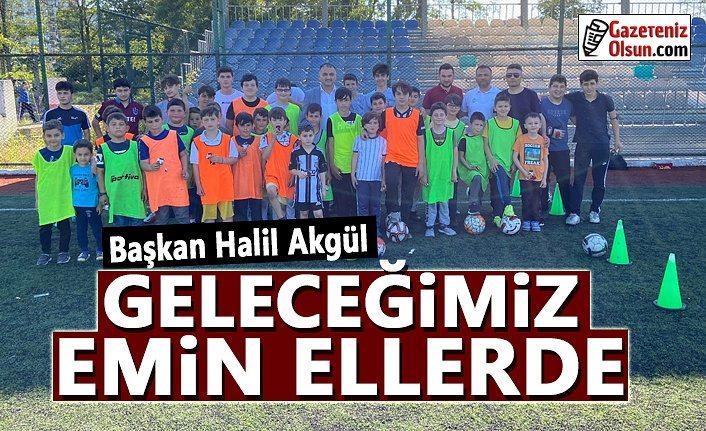 Başkan Akgül, Yaz Futbol Kursuna Katılan Çocukları Ziyaret Etti