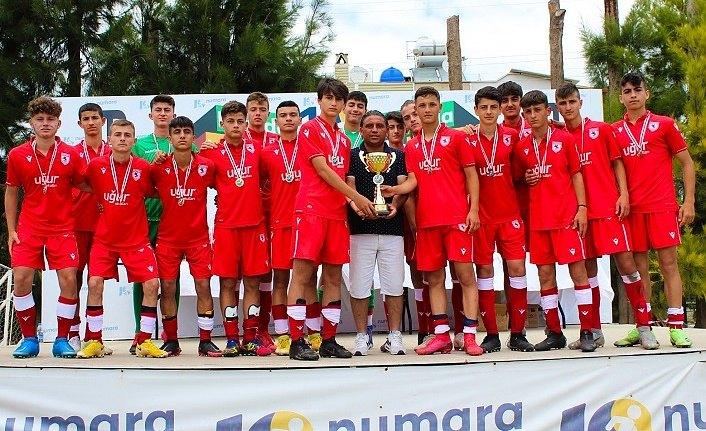 Samsunspor U15 VE U16 Şampiyon Oldu