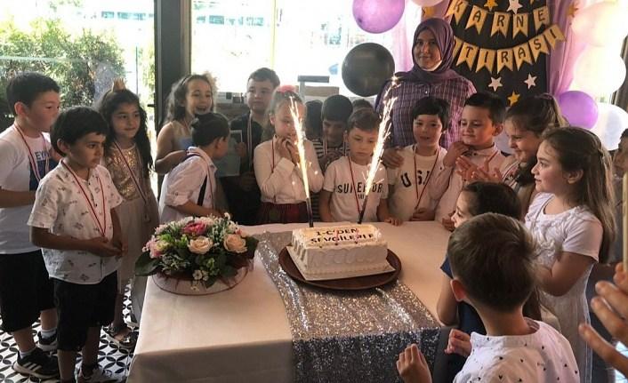 Yunus Emre İlkokulu'nda karne mutluluğu