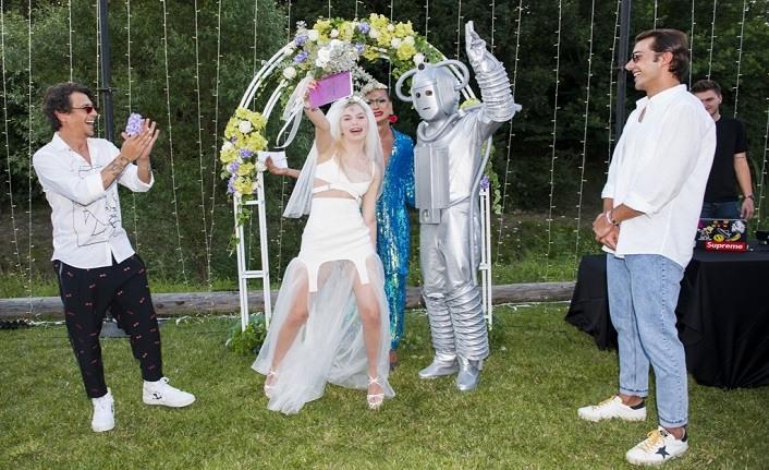 Aleyna Tilki evlendi mi? Aleyna Tilki kiminle evlendi?