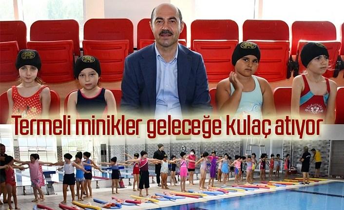 Başkan Kılıç minik yüzücülerin heyecanlarına ortak oldu