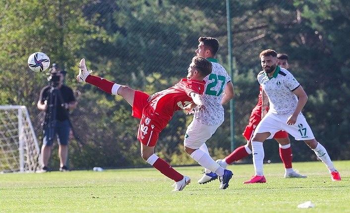 Samsunspor Sakaryaspor ile hazırlık maçı yaptı