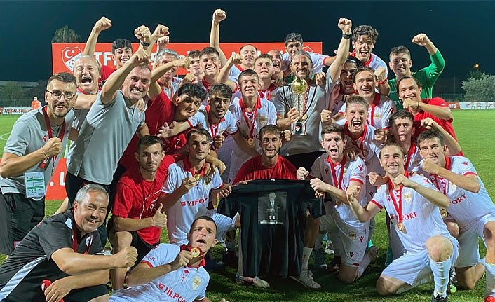 Yılport Samsunspor U19 Şampiyon oldu