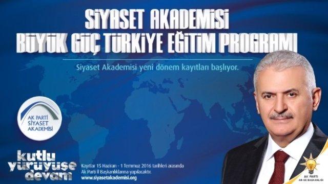 AK Parti Samsun Siyaset Akademisi'nde ikinci hafta
