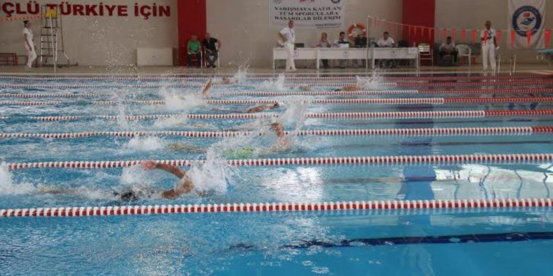 Anadolu Kupası yüzme yarışları başladı