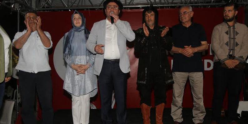 Atakum'da demokrasi nöbetine Arslanbek Sultanbekov süprizi