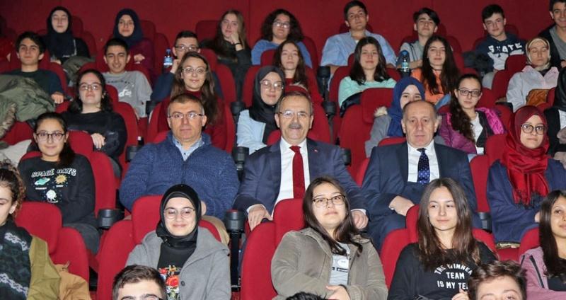 Bafra'da 'Âşık' Filmi İlgiyle İzlendi
