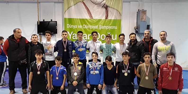 Bafralı Güreşciler 11 Derece İle Göz Doldurdular