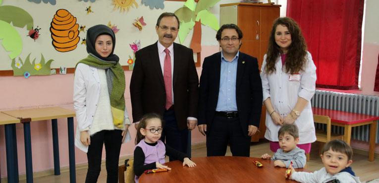 Başkan Şahin, Bafra Özel Eğitim Uygulama Merkezi'ni ziyaret etti