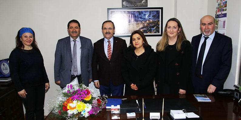 Başkan Şahin'e Maarif Hareketine destekleri için teşekkür ziyareti