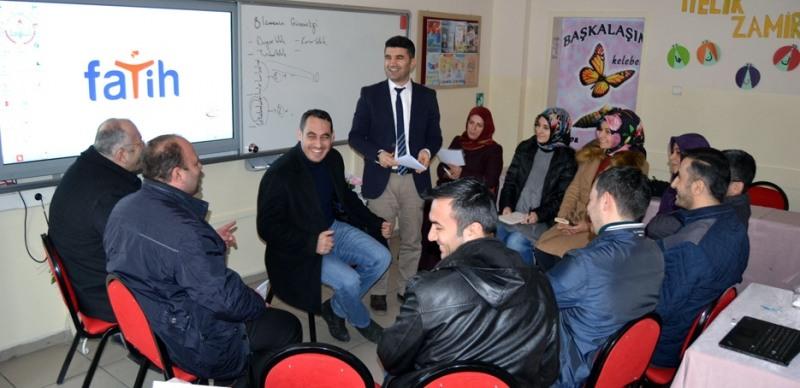 Canik Öğretmen Akademisi'nde eğitimler devam ediyor